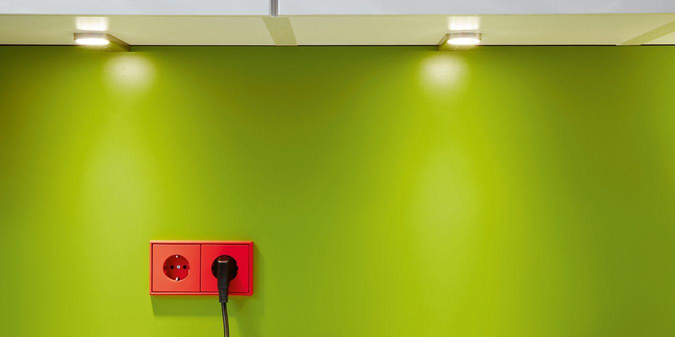 jetzt wird 39 s bunt farbige schalter und steckdosen. Black Bedroom Furniture Sets. Home Design Ideas